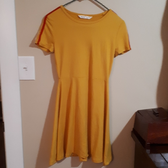 Bluenotes xs yellow dress